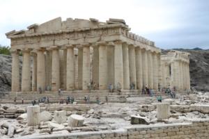 ギリシャのパルテノン神殿(?)