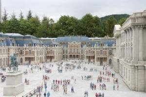 フランスのヴェルサイユ宮殿(?)